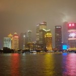 上海は休場