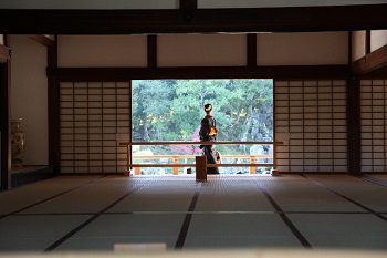 日本の美と株価の行方