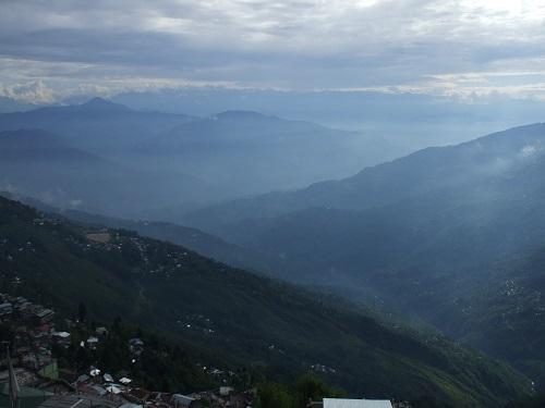 インド ダージリンからの風景